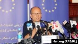 Шефот на набљудувачката мисија на ЕУ за изборите во Авганистан, Тајс Берман.