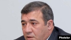 Armenia -- Businessman Ruben Hayrapetian speaks at a news conference.