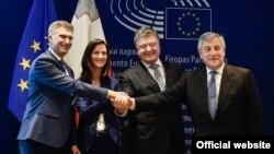 Церемония подписания решения ЕС об утверждении безвизового режима для граждан Украины. 17 мая 2017 года
