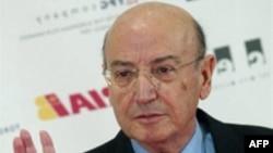 Теодорос Ангелопулос