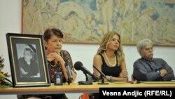 Sa komemoracije Draganu Babiću