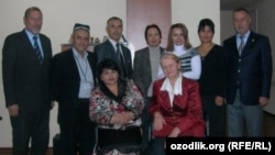 Uzbekistan - RFE/RL Uzbek service moderator Mekhribon Bekiyeva and human rights activists Vasila Inoyatova, Yelena Urlayeva, Abdusalom Ergashev, Azimjon Asqarov, Baxtiyor Hamroyev, Ahmadjon Madumarov