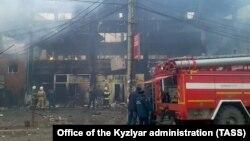 Тушение пожара в в торговом центре «Планета люкс»