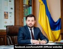 Голова Держлісагентства Андрій Заблоцький розкритикував дослідження, але наведені в ньому факти наказав перевірити