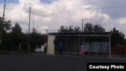 Фото автора: новий кіоск, що будується для продажу контрафактних цигарок