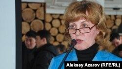 С презентацией ТЭО изъятия Кокжайляу из национального парка выступила Наталья Огарь. Алматы, 25 февраля 2014 года.