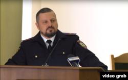 Игорь Корнет слушает обвинения в свой адрес на заседании «совмина» (скрин с телеканала луганских сепаратистов)