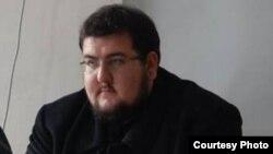 Давид Стефаноски, апсолвент на институтот за безбедност, одбрана и мир и член на Младинска Организација Мугра.