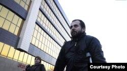 Имя Чатаева хорошо известно в Грузии. Он фигурировал в спецоперации в ущелье Лопота в августе 2012 года. Сначала сообщалось, что его задержали как участника вооруженной группы, но затем объявили его «переговорщиком» между силовиками и боевиками и отпустили