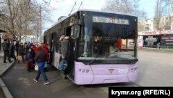Транспорт в Севастополе. Иллюстрационное фото