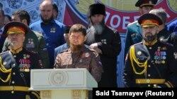 Многоженство в Чечне де-факто есть