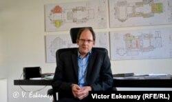 Dramaturgul șef al Teatrului de la Gera, Felix Eckerle