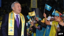 Veteran Kazakh ruler Nursultan Nazarbaev's Nur Otan party will again dominate parliament.