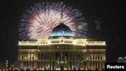 Қала күні мейрамы кезінде. Астана, 7 шілде 2013 жыл. (Көрнекі сурет)