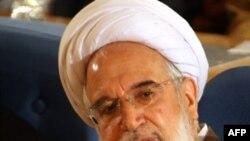 Reformist candidate Mehdi Karrubi