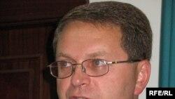 БТА банкі ісі бойынша айыпталушылардың бірі Рифат Ризоевтің адвокаты Олег Туев. Алматы, 30 қыркүйек, 2009 жыл.