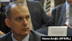 Pozivam nadležne organe da istraže sve navode: Zlatibor Lončar