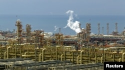 Iranian petrochemical exports are expected to suffer a major drop.