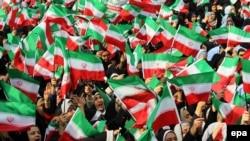 Студентки на демонстрації на площі Азаді (Свободи) в Тегерані, 11 лютого 2014 року