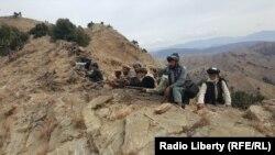 نیروهای افغان در زازیمیدان، مرز استان خوست