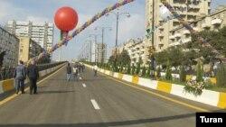 Arxiv foto, Bakıda yeni açılan yollardan biri.