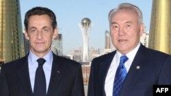 Нұрсұлтан Назарбаев пен Николя Саркози Астанадағы кездесуде. Астана. 6 қазан, 2009 жыл.
