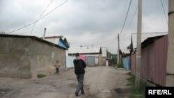 Алматының Түрксіб ауданындағы Баймағамбетов көшесі. Алматы, 17 қыркүйек, 2009 жыл.