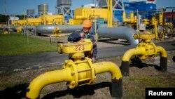Украинадаги газ омборларидан бири.
