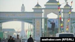 Turkmenistan's new Altyn Azyr bazaar, near Ashgabat