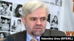 Валентин Балан