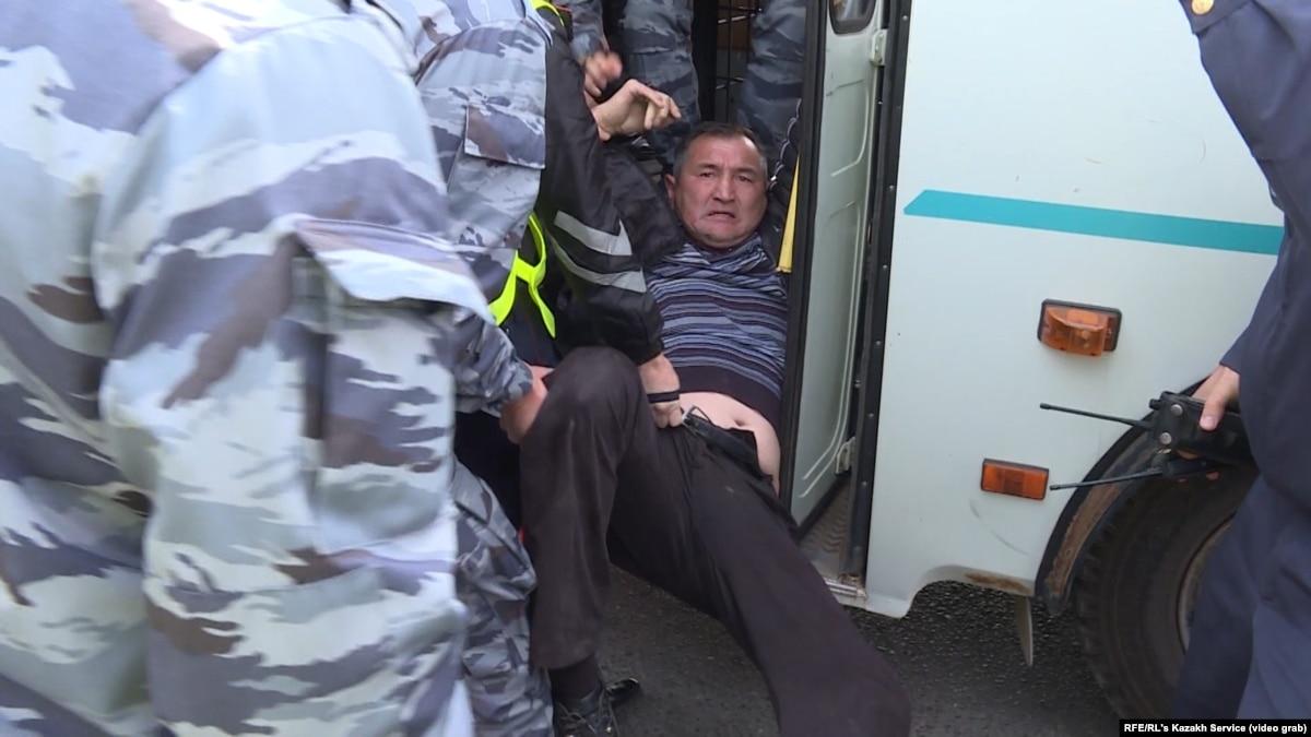 Police Detain Dozens Of Protesters In Nur-Sultan