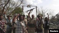 Luftëtarët lojalë ndaj presidentit Hadi në pjesën jugore të Jemenit