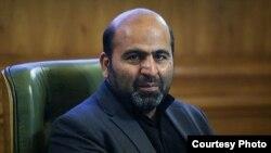 اظهارات ابوالفضل قناعتی، عضو اصولگرای شهر تهران، در شبکههای اجتماعی خبرساز شده است.