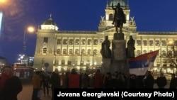 Сербы, живущие в Праге, проводят акцию протеста против своего президента Александра Вучича, 23 февраля 2019