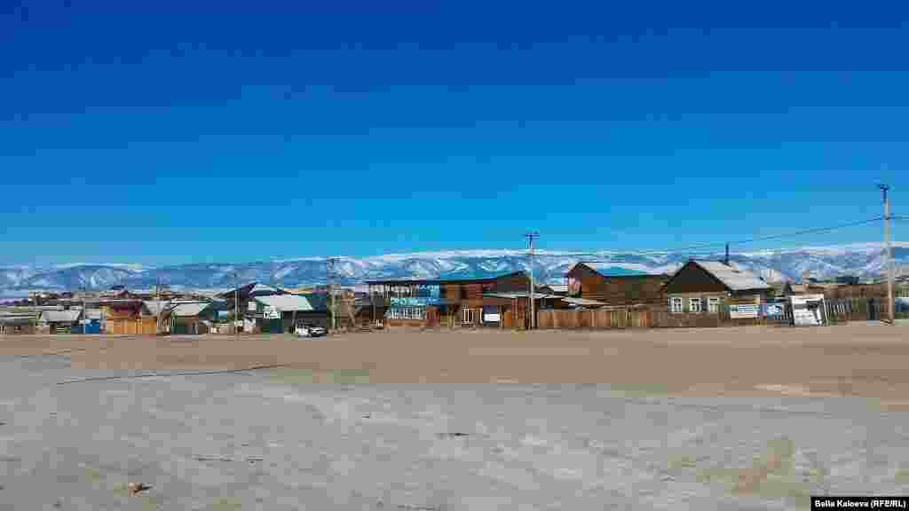 Поселок Хужир, озеро Байкал