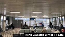 Зал ожидания аэропорта Грозный