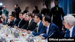 Министерот за надворешни работи Никола Димитров учествуваше на работен појадок во Брисел со министрите за надворешни работи на земјите членки на ЕУ и министерот за надворешни работи на Албанија.