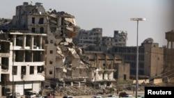 Подготовленные к эвакуации раненых автобусы в Алеппо.