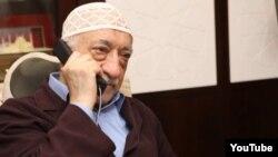 Турецкий религиозный деятель Фетхуллах Гюлен.