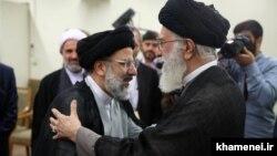 انتخابات ریاستجمهوری به پروندهٔ جانشینی رهبر جمهوری اسلامی نیز گره خورده است
