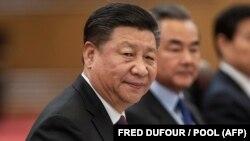 شی جینپینگ در تالار بزرگ خلق چین در پکن با علی لاریجانی دیدار کرد.