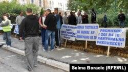 """Protest radnika """"ZOI'84"""" u Sarajevu, 23. septembar 2013."""