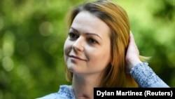 Ресей сыртқы барлау қызметінің бұрынғы агенті Сергей Скрипальдің қызы Юлия Скрипаль Reuters агенттігіне сұхбат беріп тұр. Лондон, 23 мамыр 2018 жыл.