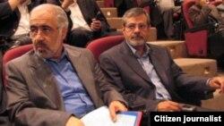 احمد معتمدی(چپ)