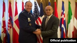 Belgium/NATO- Armenian Defense Minister Seyran Ohanian (R) meets with General Philip Breedlove, Supreme Allied Commander Europe (SACEUR) of NATO Allied Command Operations, in Mons,10 November, 2014.