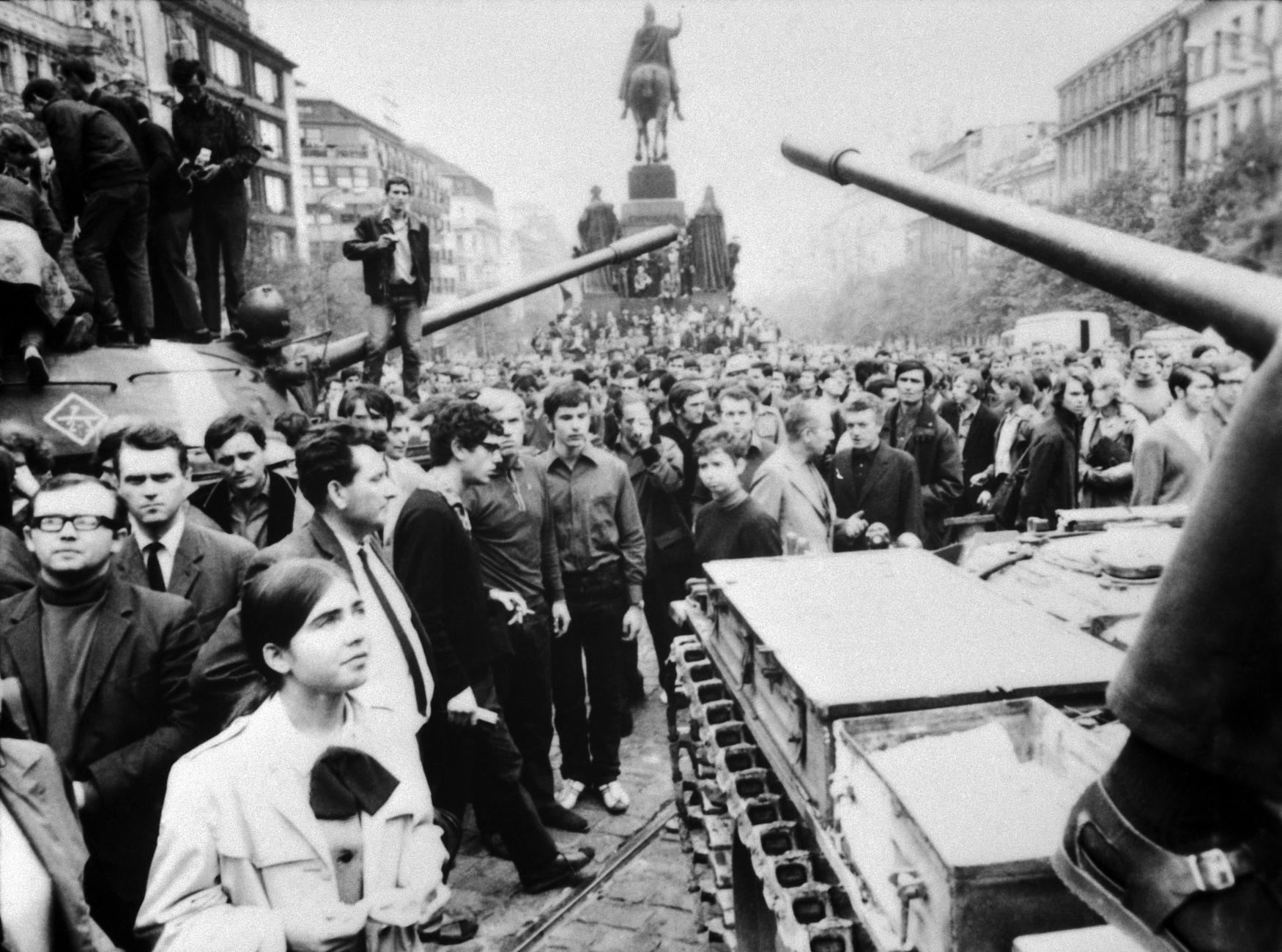 Якая краіна Варшаўскай дамовы адмовілася ўводзіць войскі ў Чэхаславаччыну ў 1968 годзе?
