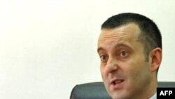 Haški begunci su prioritet -- Saša Vukadinović, direktor BIA