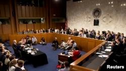 АКШ Сенатынын тышкы байланыштар комитети Сирия боюнча угуу өткөрдү, 3-сентябрь 2013-жыл
