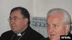 Nadbiskup Vrhbosanski kardinal Vinko Puljić i banjalučki biskup Franjo Komarica