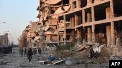 Проурядові сирійські сили в одному з районів Алеппо, 28 листопада 2016 року
